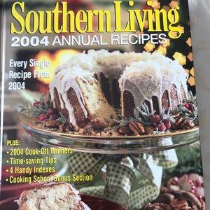 Southern Living 2004 Winning recipes cookbook